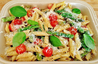 Penne with Asparagus, Olives & Tomatoes