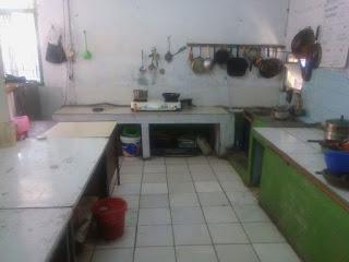 ruang praktek kitchen dan peralatannya