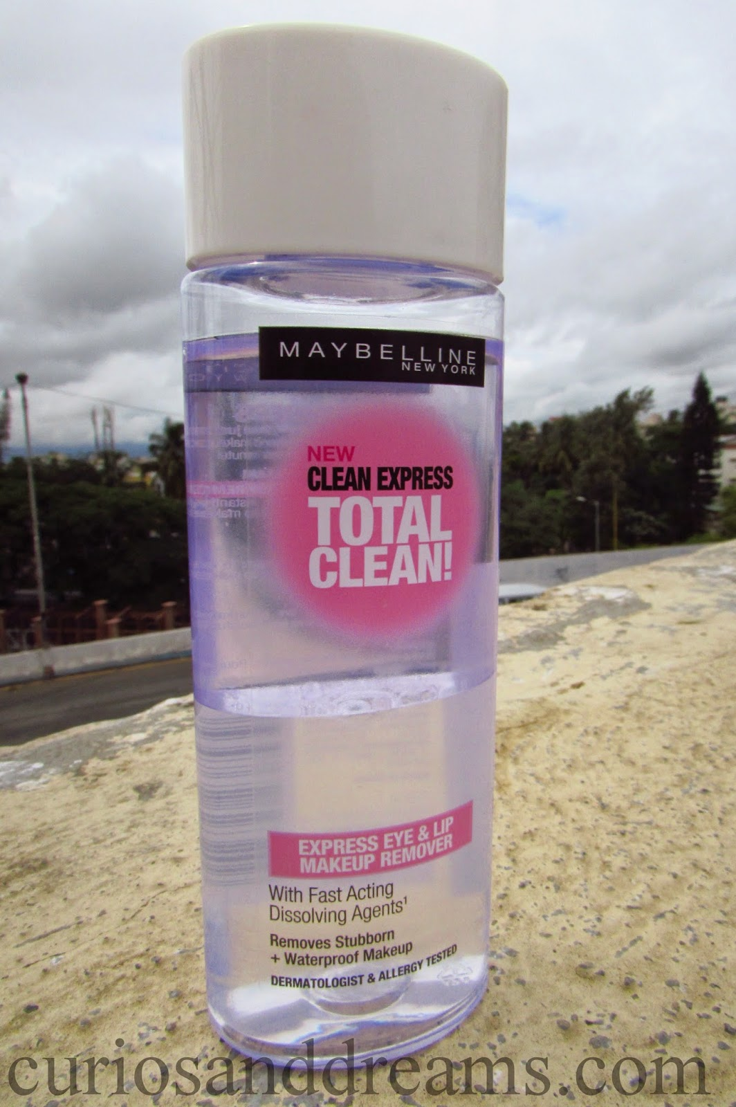 Maybelline Clean Express Total Clean Makeup Remover Review, Maybelline Total Clean Makeup Remover Review