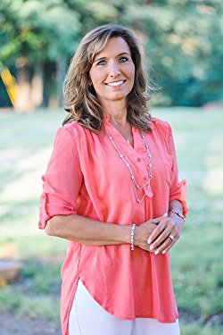 Tracie Miles is a national Speaker and Author with the internationally known Proverbs 31 Ministries and has spent the last ten years inspiring women to live intentionally for Christ.