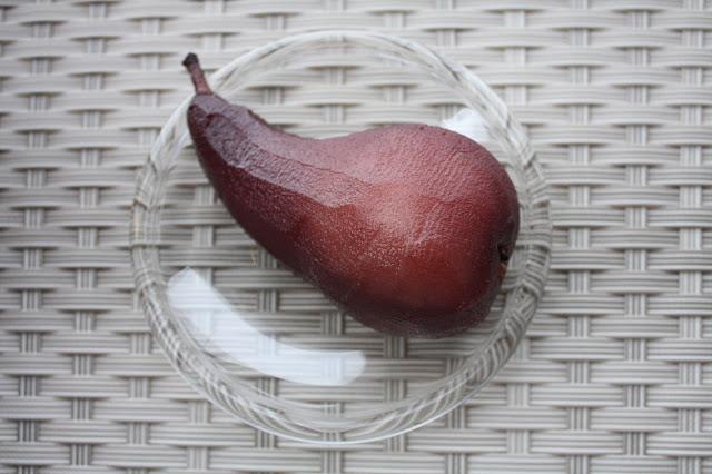 glögipäärynät päärynä glögi joulu jälkiruoka mantelivaahto