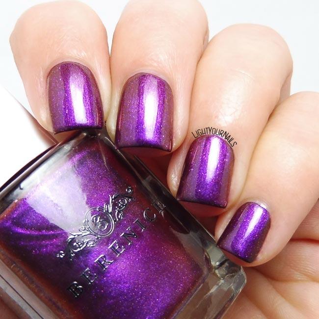 Berenice Beauty 42 Enigma : smalto viola glitterato : purple glittery nail polish @lightyournails