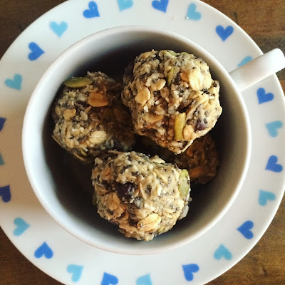Cranberry Oatmeal No-Bake Cookies & Weego!