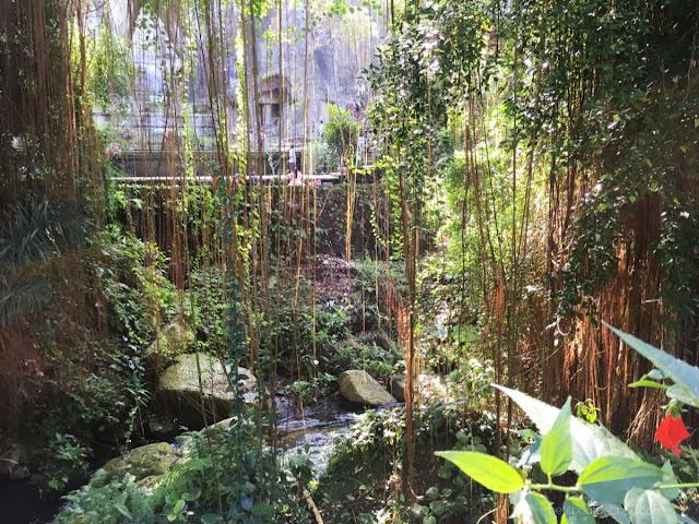 gurung kawi temple