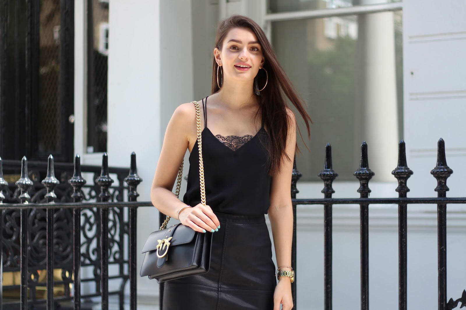 summer all black outfit inspo peexo fashion blogger
