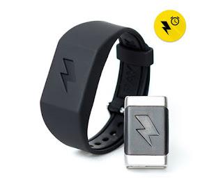 Shock Clock: Το wristband που σε ξυπνάει με ηλεκτροσόκ