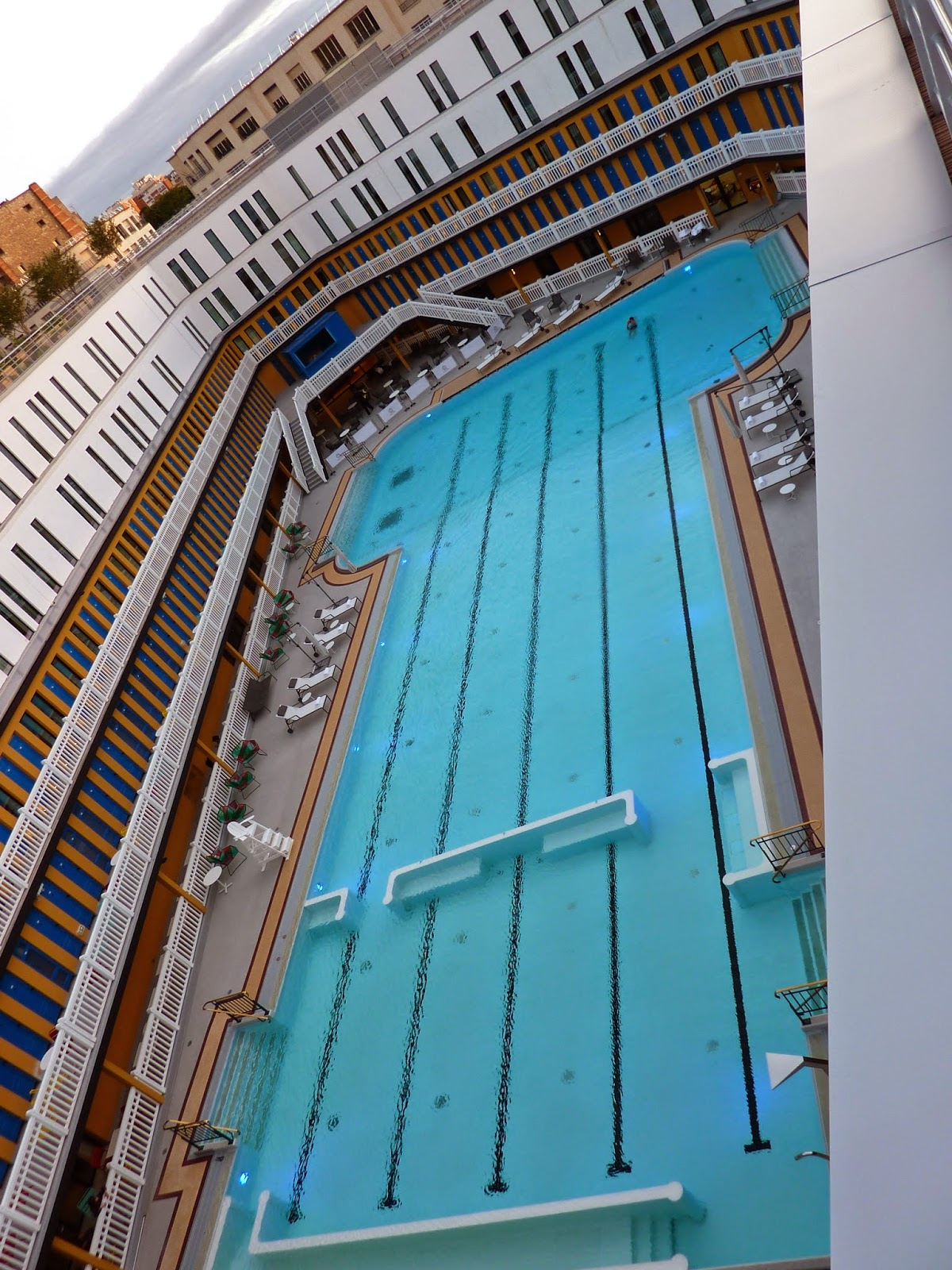Have you heard of la piscine molitor in paris alliance for Piscine molitor