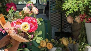 Una de Instagram. Floristería sobre ruedas en San Francisco con The Petaler