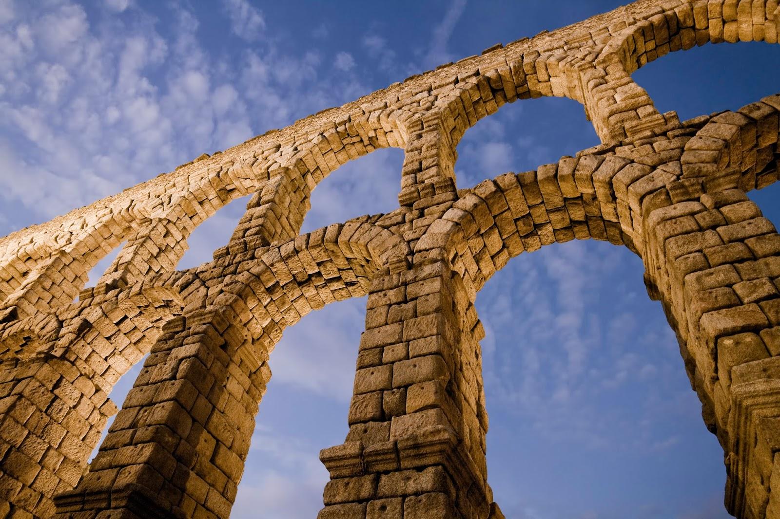 Ba l del arte los acueductos romanos - Acueducto de segovia arquitectura ...