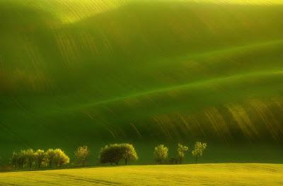 من أجمل الأماكن الطبيعية بالعالم :- منطقة مورافيا التشيكية 0_8535b_4dfd2931_ori