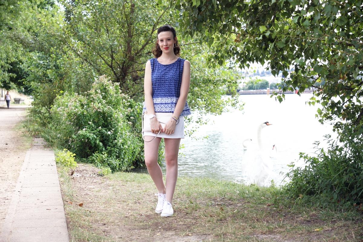 http://audreymarianne.blogspot.com/2015/08/blue-white.html