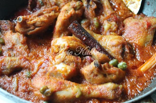 Nasi Minyak Dan Ayam Masak Merah Sedap