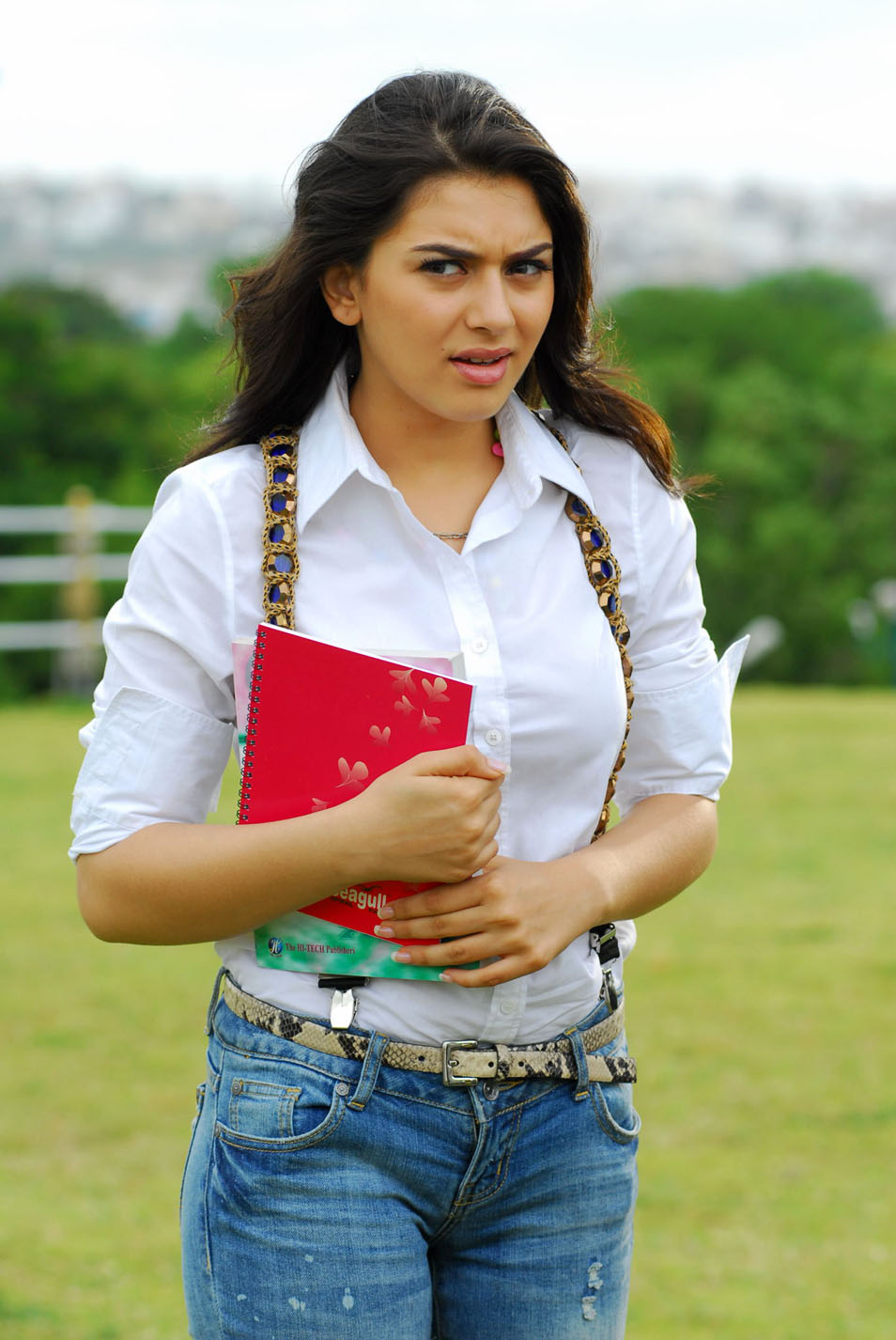 Very Cute Wallpapers Download Mobile All Softwares Photos Amp Videos Hansika Motwani Images