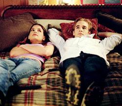 Joey (Katie Holmes) et Dawson (James van der Beek) dans Dawson (1998-2003)