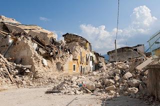 Pengertian Gempa Bumi, Penyebab, dan Cara Menghadapinya