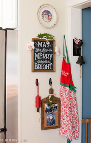 Kitchen display in Farmhouse style Christmas kitchen
