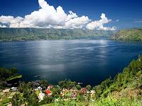 10 Tempat Wisata Terbaik & Menarik di Indonesia Memukau Dunia