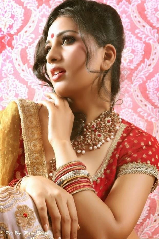 Srushti Dange Spicy Photoshoot Stills - South Indian Actress