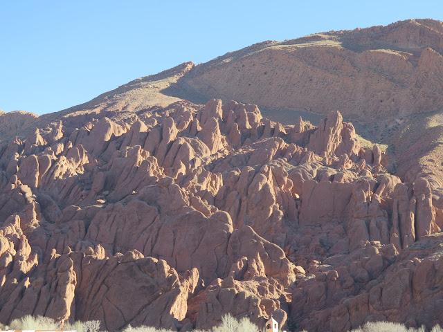 Formaciones geológicas denominadas dedos de mono