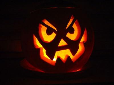 Chi Ha Inventato Halloween.Dea Loghiamo Halloween Quando Si Critica A Sproposito