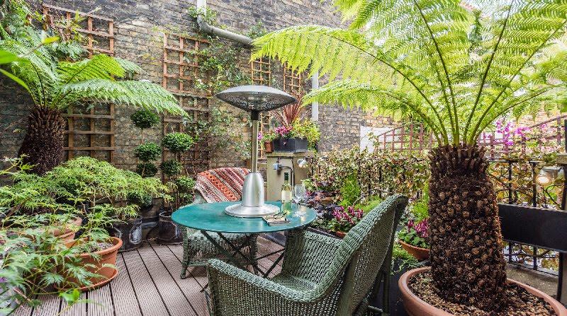Dormire nelle case più belle di Londra: Victorian Garden terrazzo interno