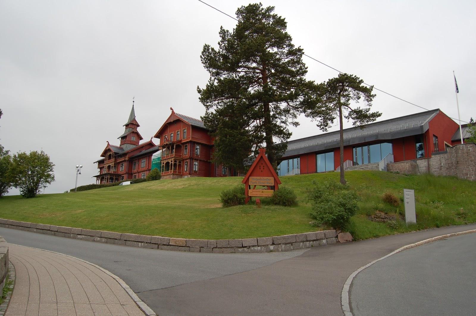 Holemnkollen, hotele, Oslo, Norwegia