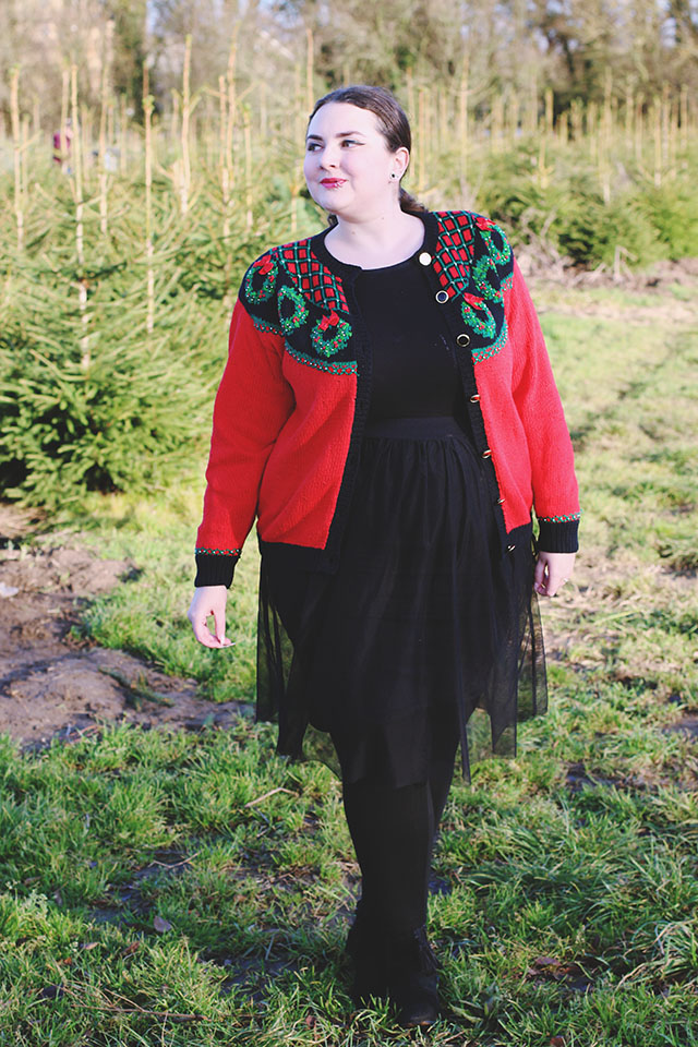 Plus size vintage Christmas cardigan jumper sweater