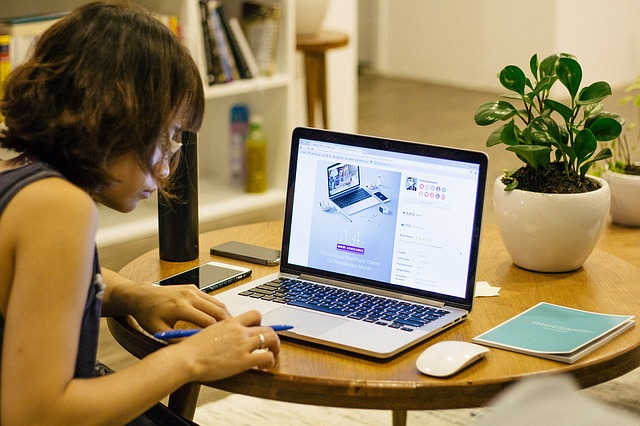 Work from home Pinoys earn P20k to P40k monthly