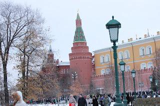 новогодняя Москва, 2017, новый год, красная площадь, театральный сквер, Кремль, Храм Христа Спасителя, Александровский сад