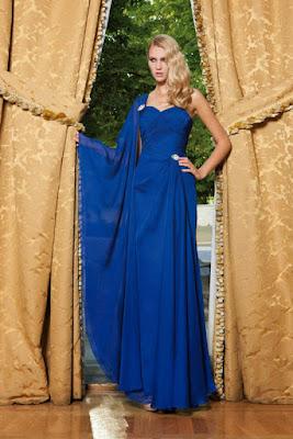 vestido largo invitada boda azul klein