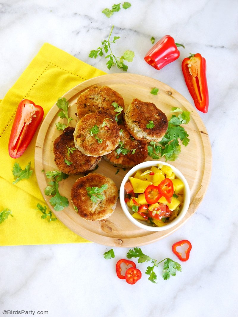 Party Recipe: Tuna Fishcakes with Mango Salsa - a delicious recipe, perfect for a dinner party starter or main course, or a tasty party appetizer! by BIrdsParty.com @birdsparty #recipe #tuna #fishcakes #mangosalsa #appetizer #appetizerrecipe