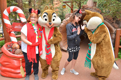 Character Photos Disneyland Christmas