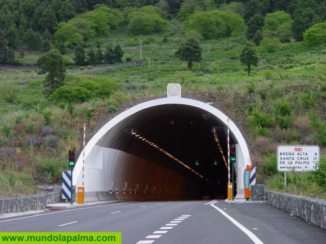 El Cabildo habilita el Túnel de la Cumbre en doble sentido y cierra varias vías de la isla