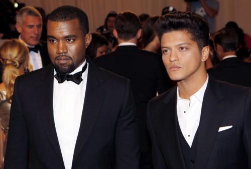 Bruno Mars habla sobre las polémicas declaraciones de Kanye West sobre sus victorias en los VMAs 2013