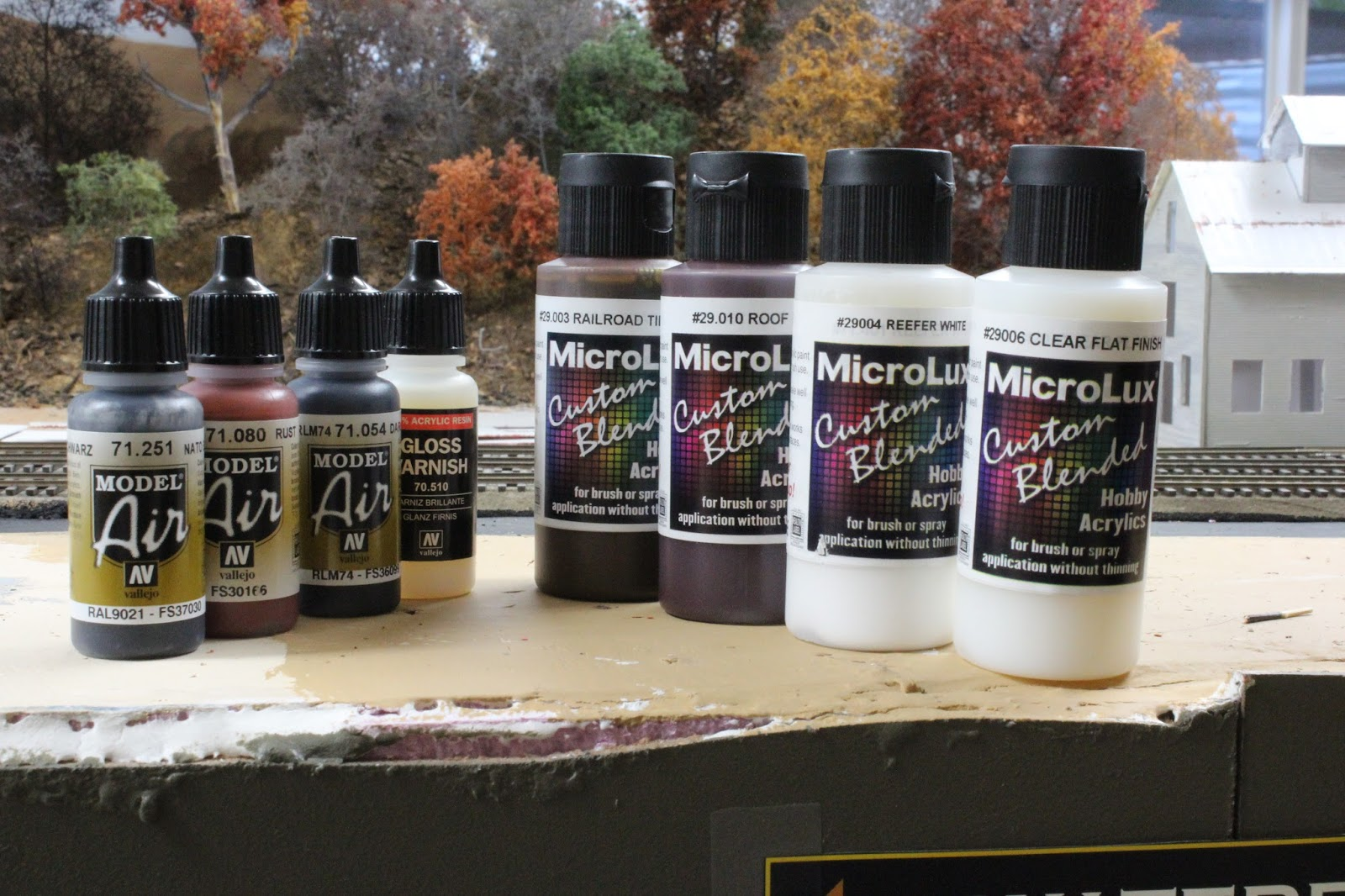 Testors Polly Scale//FloQuil Paint Airbrush Model Railroad