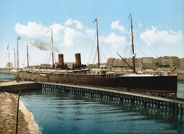 La Bourgogne in Le Havre in 1895 CGT French Line