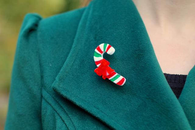 Erstwilder candy-cane brooch