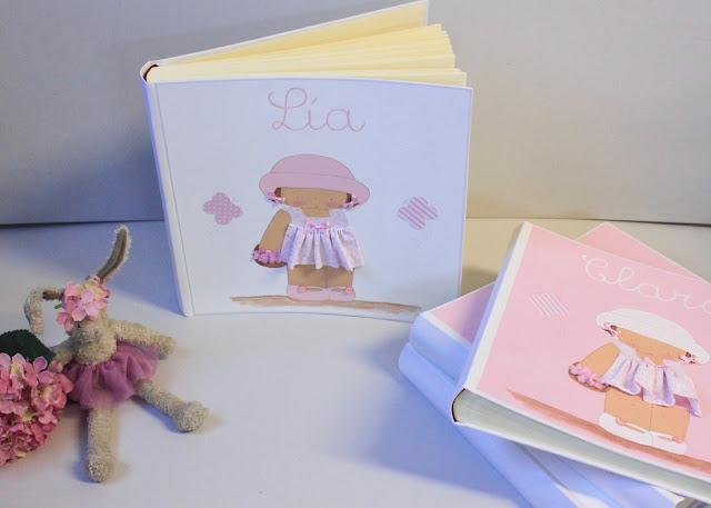 álbum de fotos infantil y personalizado con nombre , pintado a mano