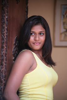 Actress Kiruthika Spicy Gallery (2)