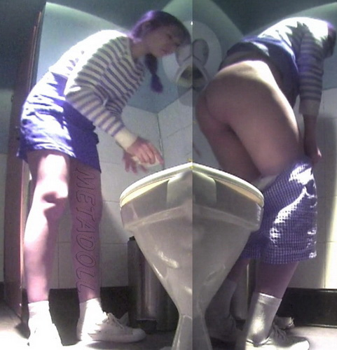 Hidden camera in the toilet fast food restaurant - Girls peeing (Fast Food Toilet 03)