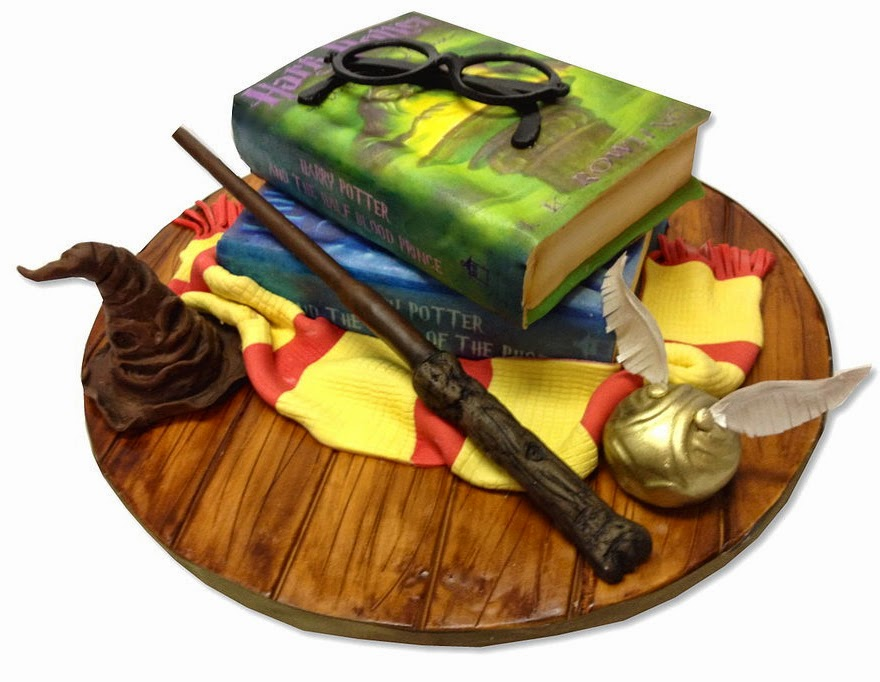 18-Harry-Potter-Books-Debbie-Does-Cakes-www-designstack-co