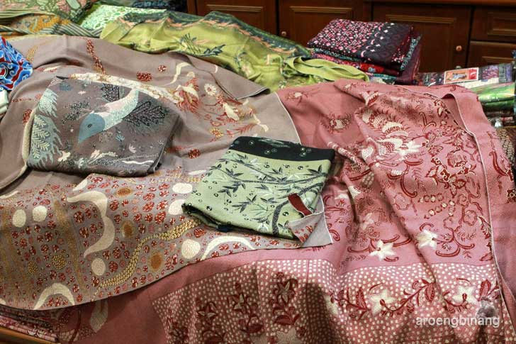 batik trusmi sutera cirebon jaya abadi