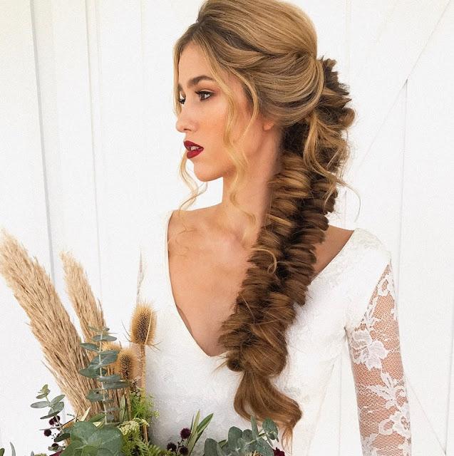 GOLD COAST WEDDING HAIR BRIDAL HAIRSTYLIST