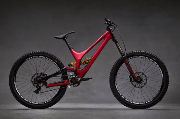 2015 Specialized Demo Downhill Bike Preview