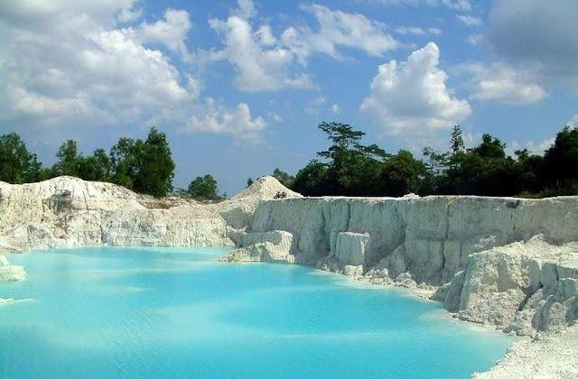 Danau Kaolin Bangka