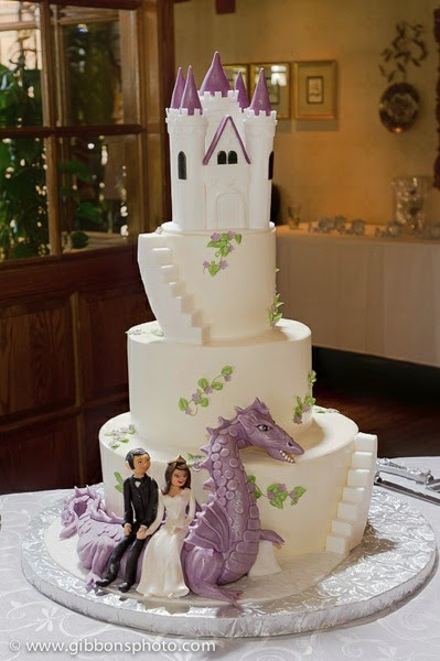 Cakechannel Com World Of Cakes Dragon Fantasy Wedding Cake