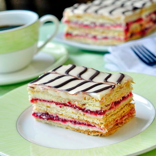 RASPBERRY CHOCOLATE MILLE FEUILLES