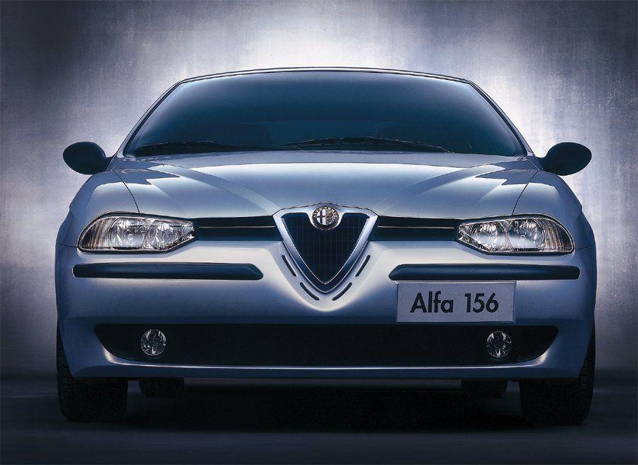 ordinare on-line a piedi scatti di selezione speciale di Alfa Romeo 156 al debutto al Salone Internazionale di ...
