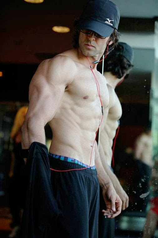 Hrithik Roshan: krrish 3 hot body pics