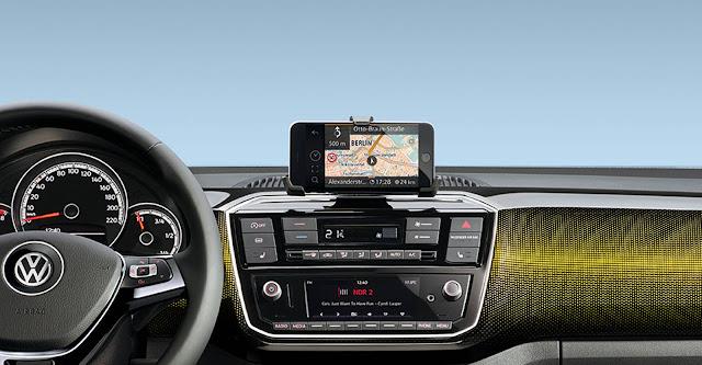 Novo VW Up! 2017- interior - sistema multimídia